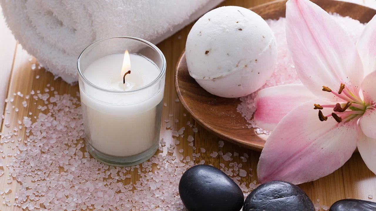 Wybieramy świeczki zapachowe